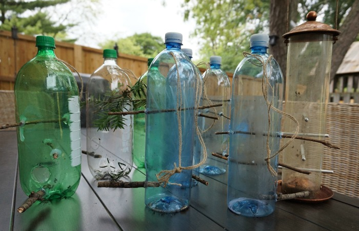 Plastic bottle recycle bird feeder craft for How to make a bird feeder using a plastic bottle